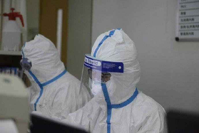 koronavirus v opave