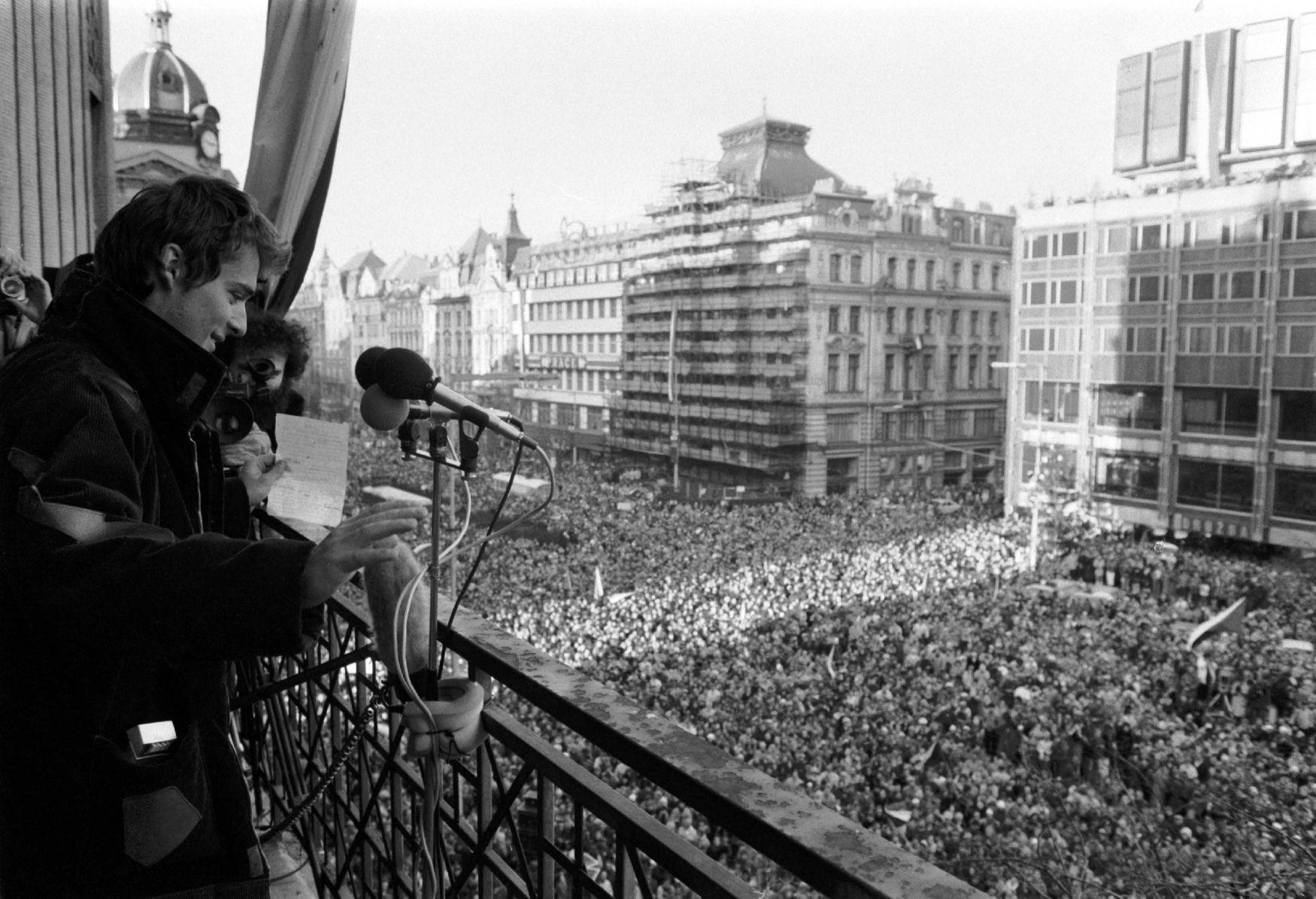 Výsledek obrázku pro foto pánek 1989
