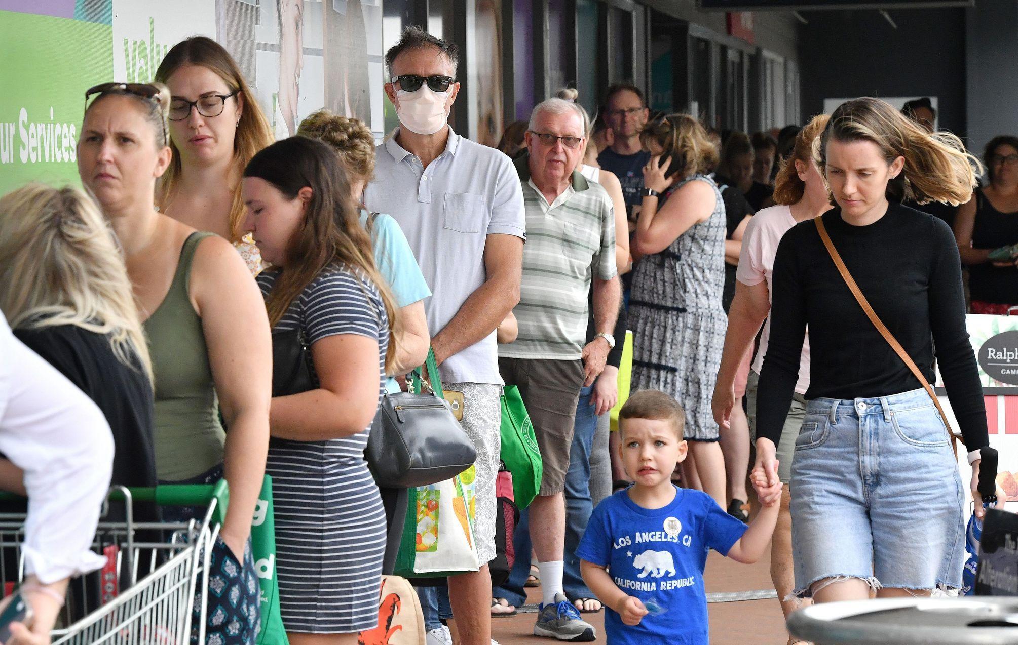 Co všechno vytáčí Čechy při nakupování: pokladní a ostatní nakupující