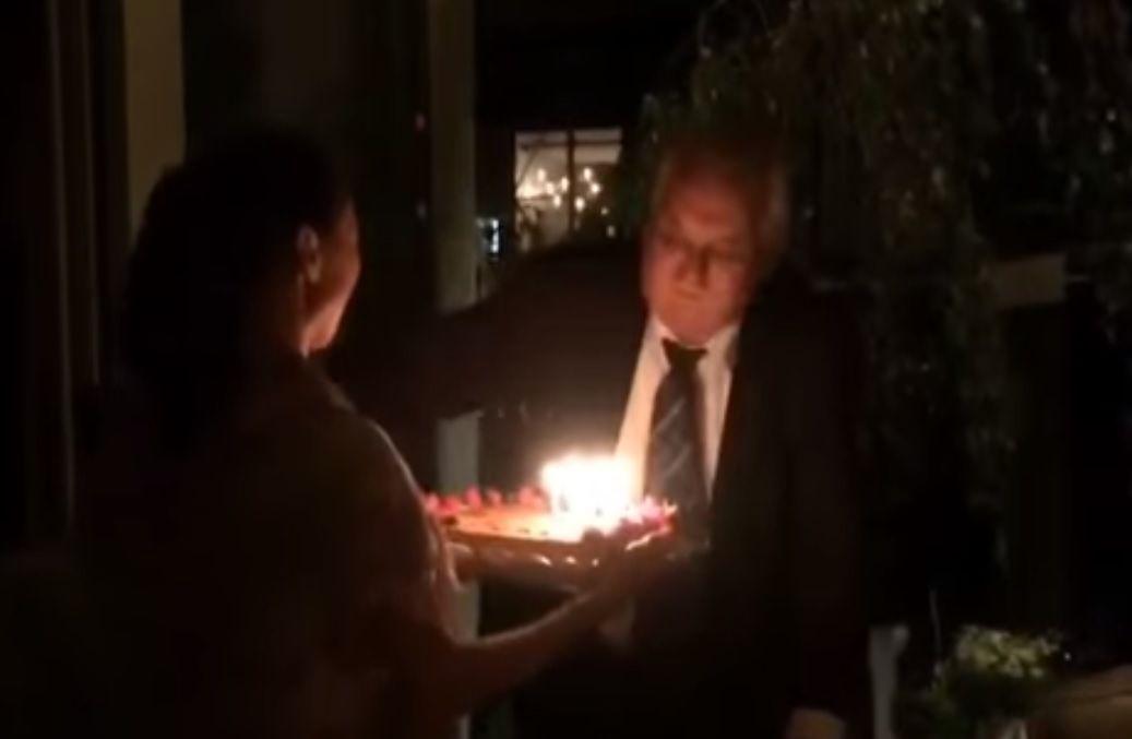 ruské přání k narozeninám Prezident Zeman oslavil 71. narozeniny v ruské restauraci v USA  ruské přání k narozeninám