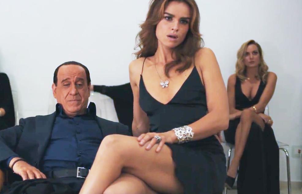 Oni a Silvio je film o únavě z orgií. Měl by si na něj zajít Babiš -  Aktuálně.cz