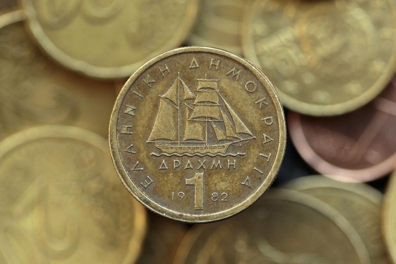 фото денег греции тех