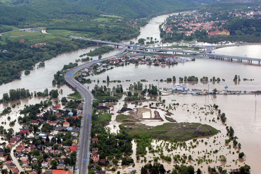 Nove Povodnove Mapy Zohlednuji I Privalove Deste Aktualne Cz