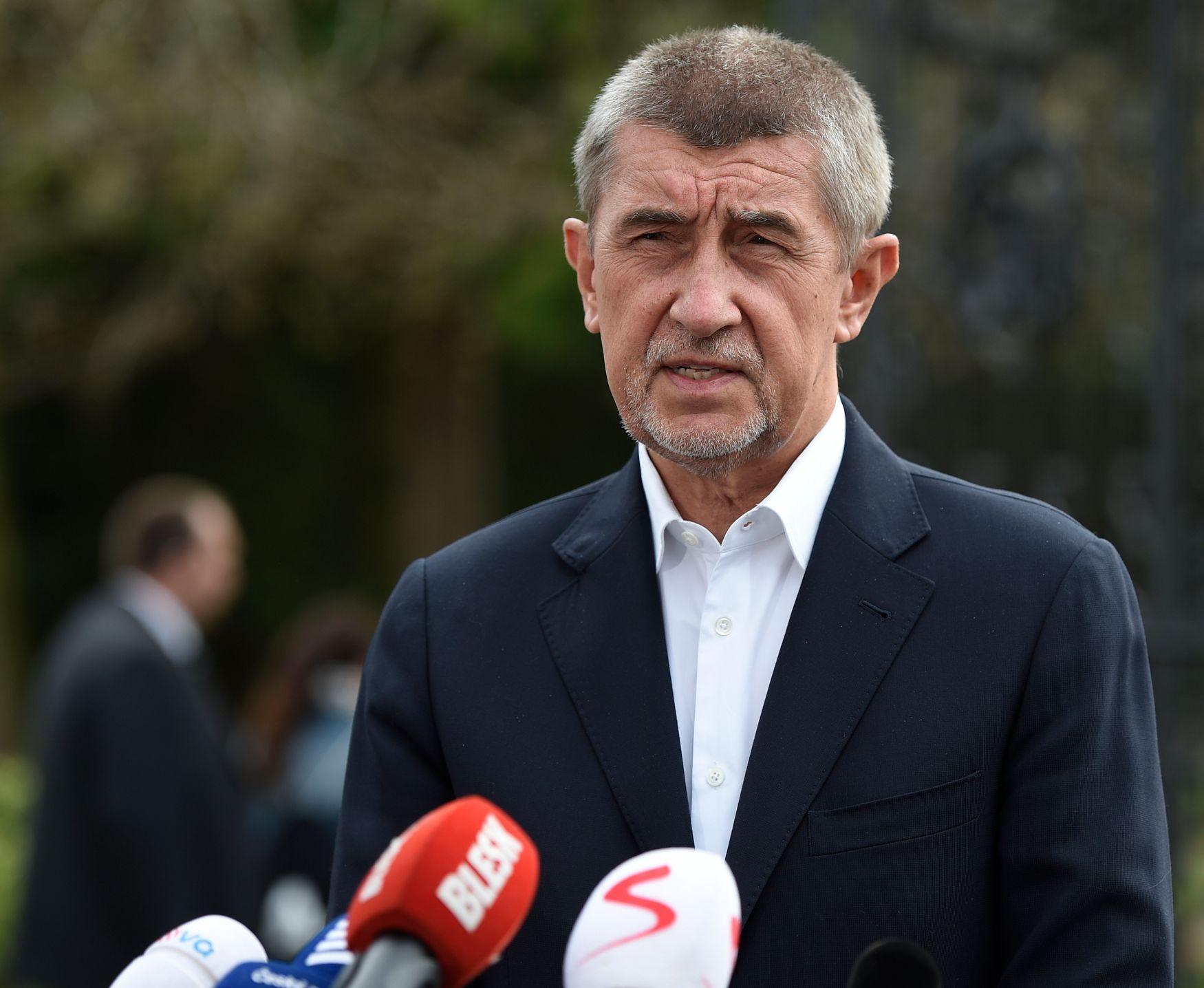 Živě: Zeman mi vyjde vstříc, říká Babiš. Kdo bude nový ministr? Sledujte speciál DVTV