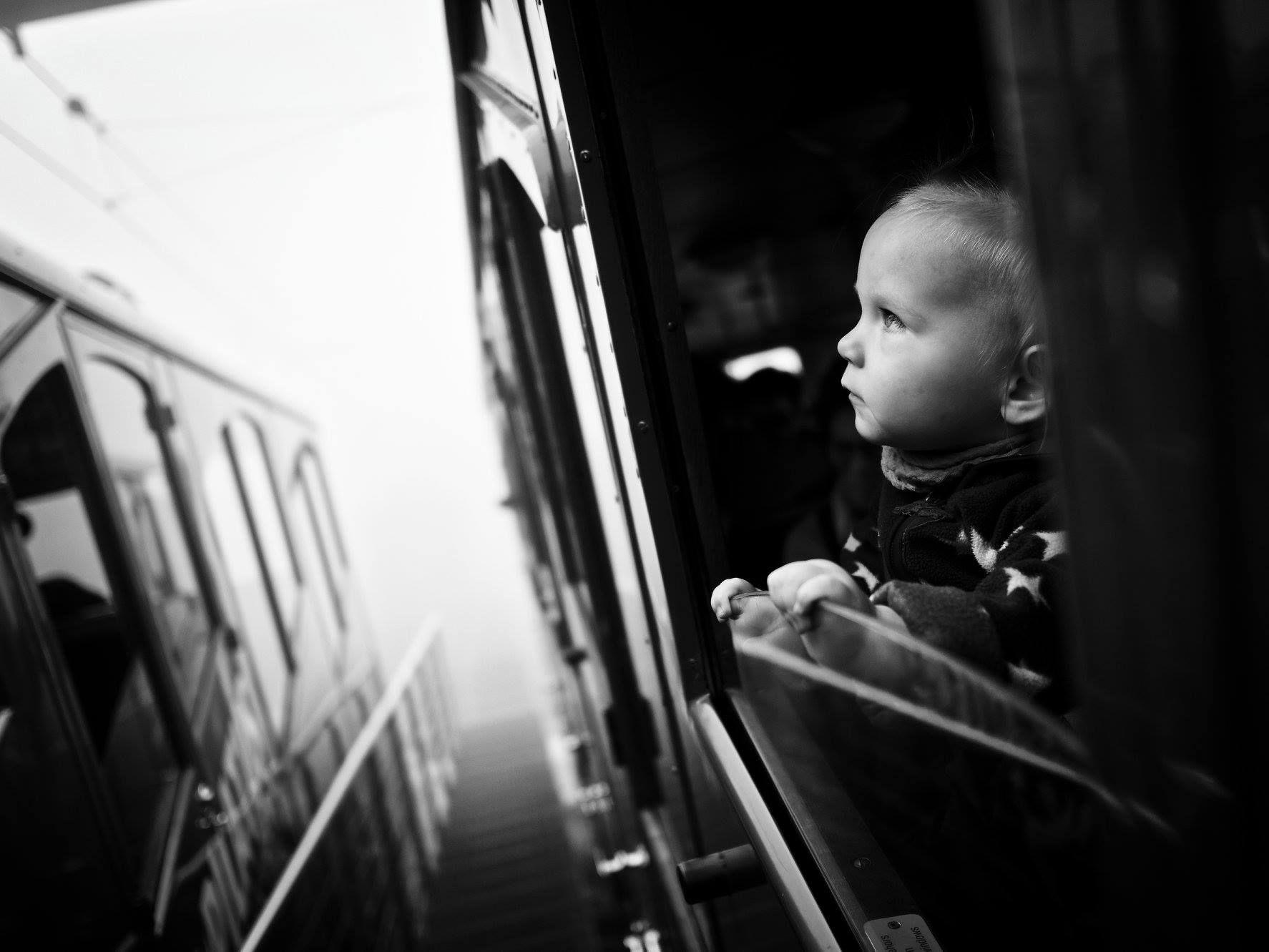 5fefd0be284 To nejlepší z ulic. Vybrané snímky fotografické skupiny Street Report z  roku 2018 - Aktuálně.cz