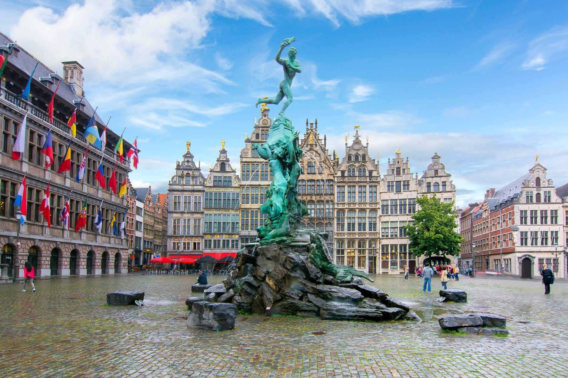 Zamořené Antverpy. Belgické město ohrožuje utajovaná havárie, která otrávila půdu
