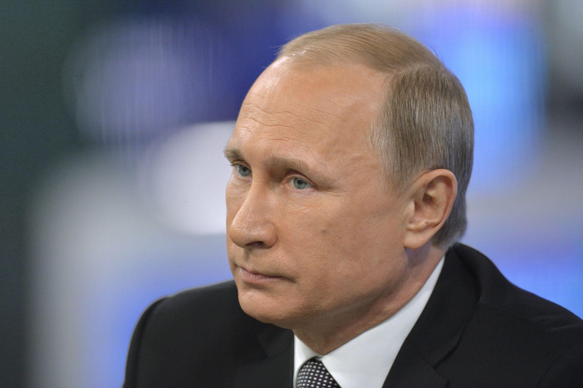 syn ruského oligarchy zavraždil matku chtěl být nezávislý na putinův bankéř pugačov žaluje rusko po moskvě chce 10 miliard dolarů