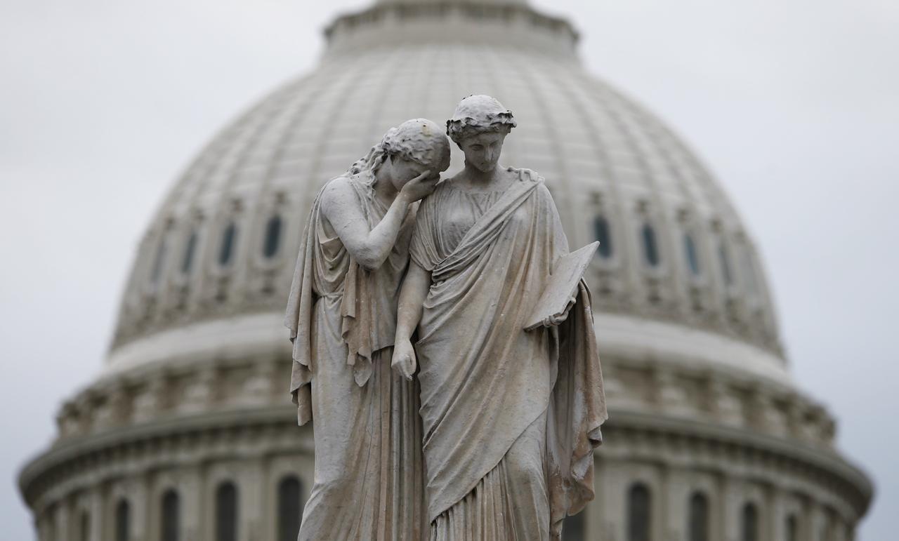 Senát v USA schválil nového ministra spravedlnosti. Je jím republikán Barr