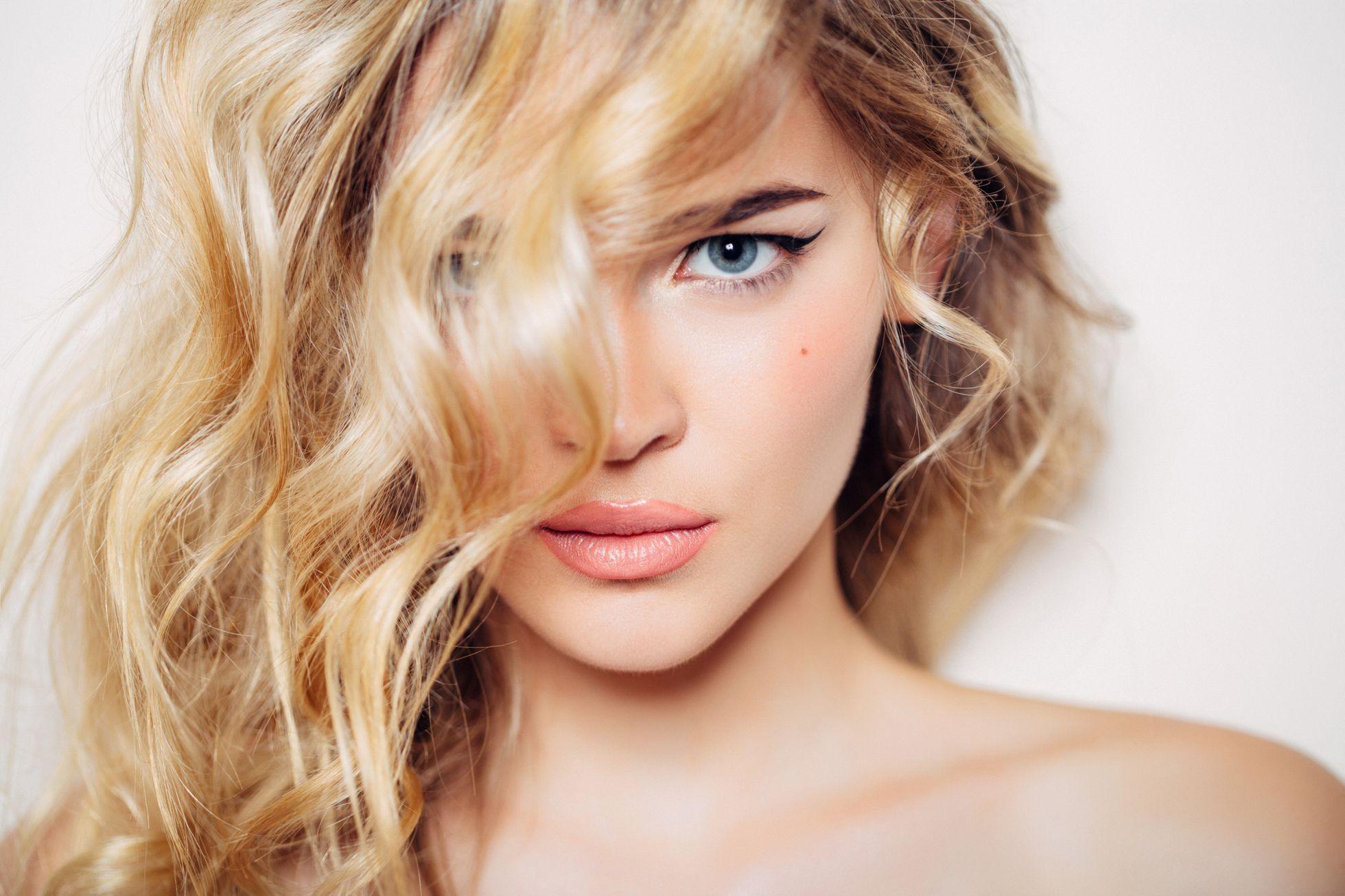 jak na elektrizující vlasy