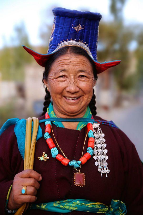 Žena žijící v oblasti Ladak (mezi pohořím Himaláje a Karákoam)