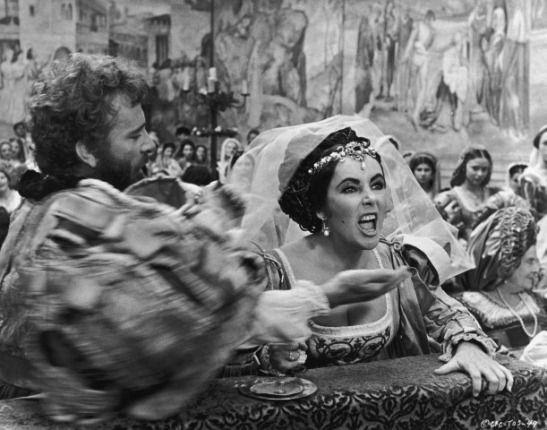 shakespeares sly manipulation of the elizabethans essay