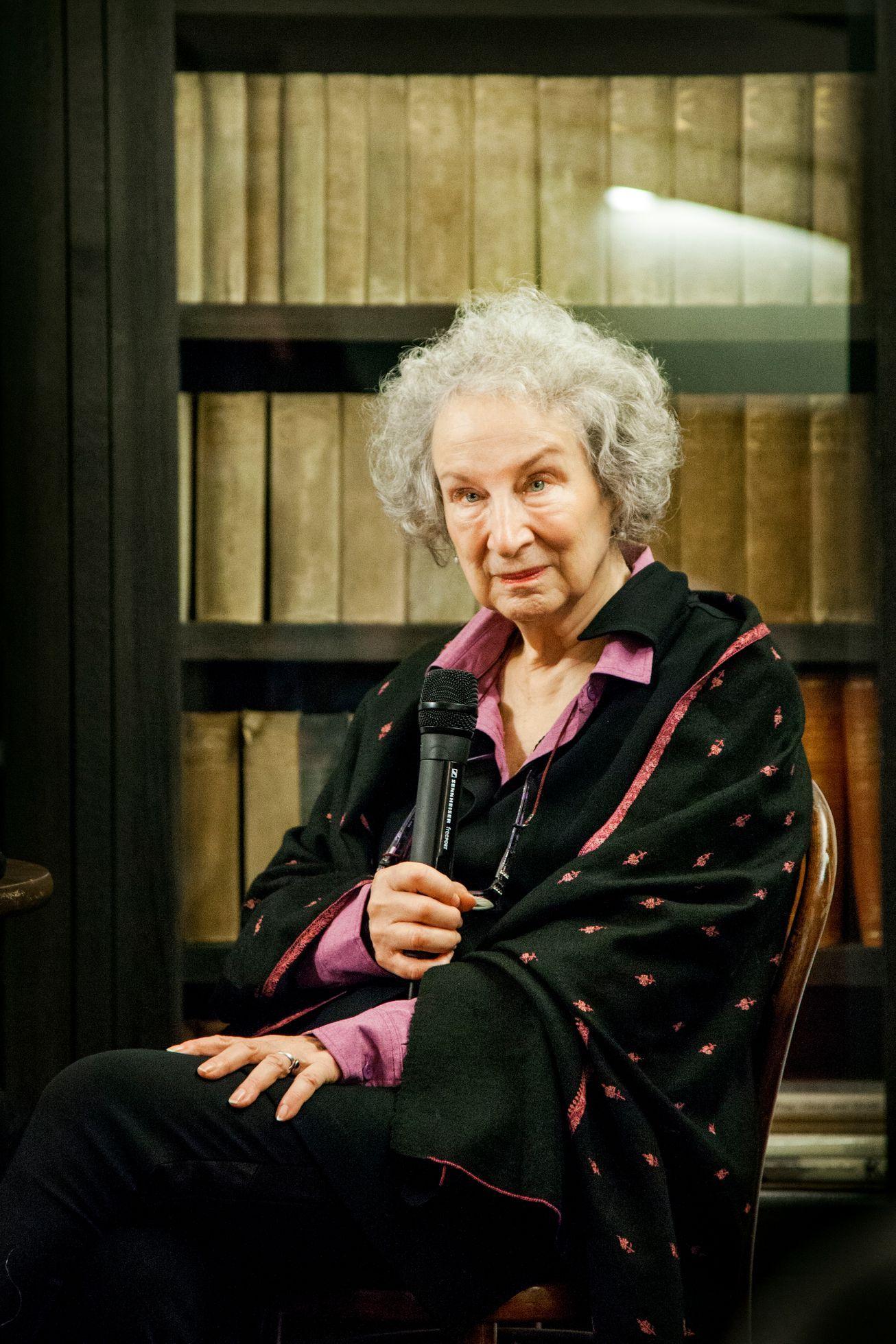 0bf8ee5ede0b Recenze románu Alias Grace spisovatelky Margaret Atwoodové - Aktuálně.cz