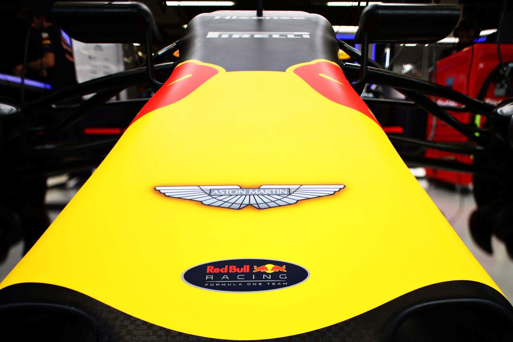 Aston Martin bude sponzorovat Red Bull a chce i motor. Mise zní jasně: ukončit smůlu ve formuli 1