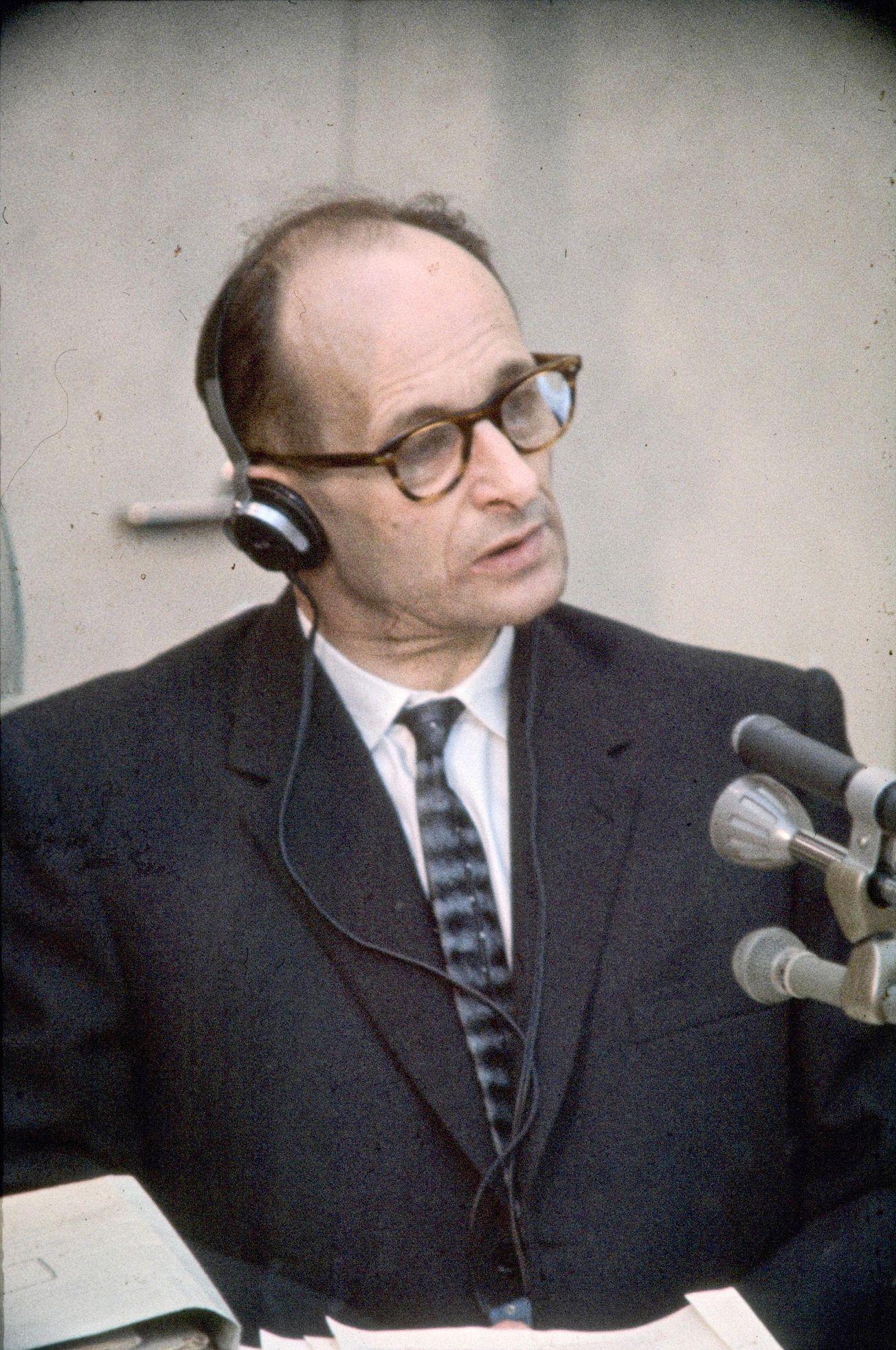 """Muž, který """"jen"""" plnil rozkazy. Eichmanna dostala k soudu legendární operace Mosadu"""