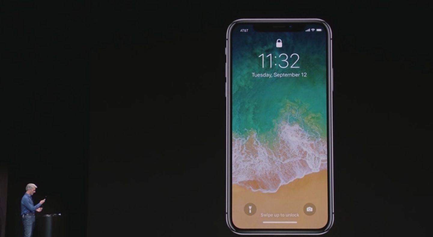 Apple představil iPhone X. Očekávaná novinka umí rozeznat obličej  uživatele 7c77a74f592