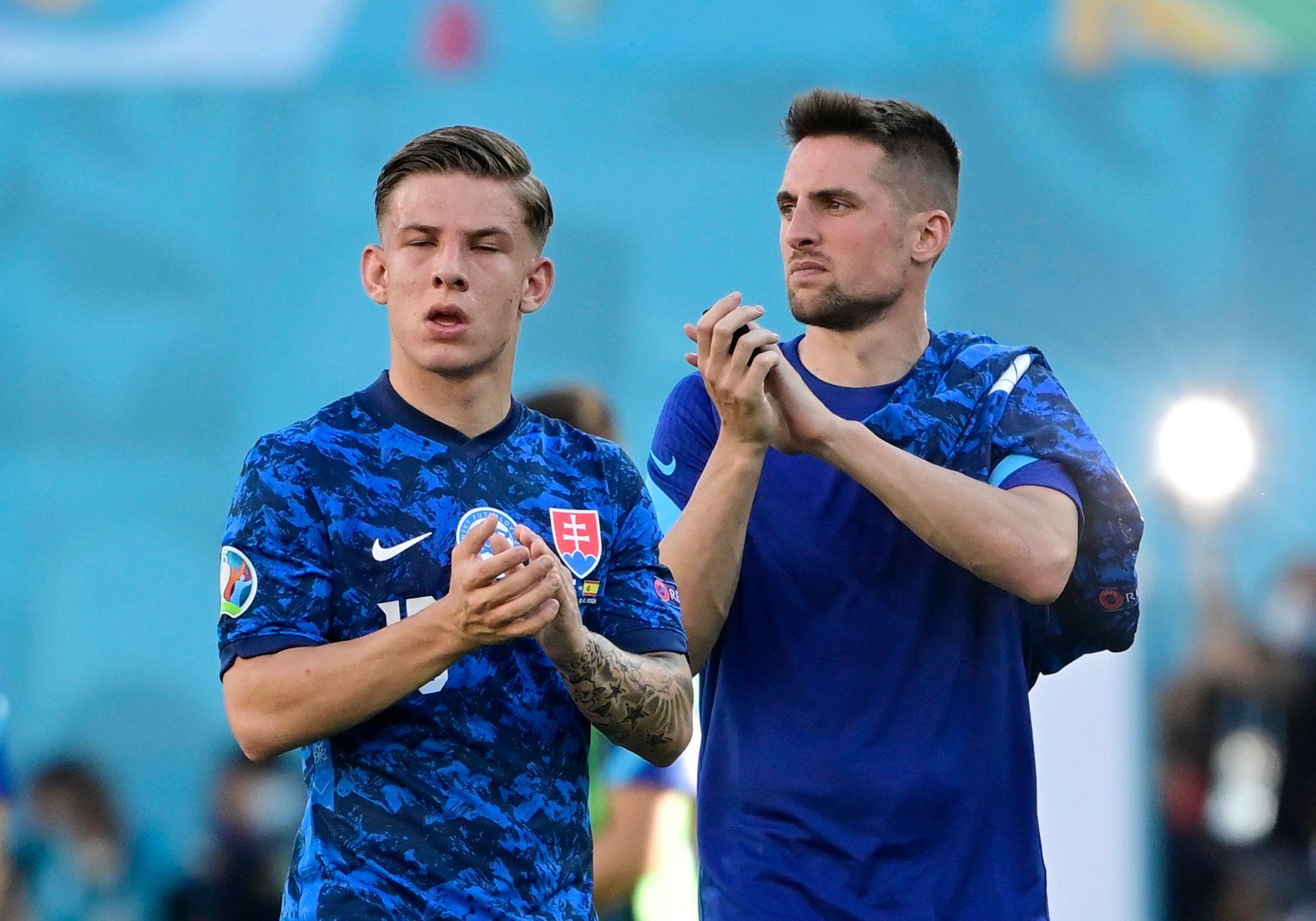 Chycená penalta nestačila, Slováci si dali dva vlastní góly a po výprasku končí