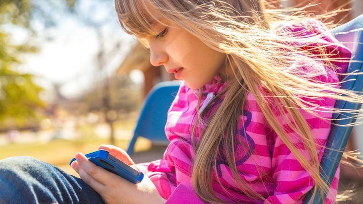 Aplikace upravující vzhled dětí ničí jejich psychiku. Jsou odporné, varují odborníci
