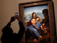 V Louvru začíná velká výstava Leonarda da Vinciho, prodalo se 220 tisíc vstupenek