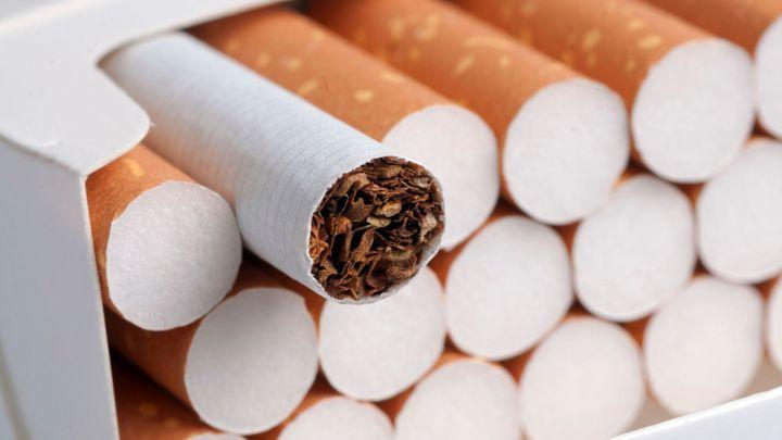 Cigarety mají opět zdražit, může za to i slabší koruna