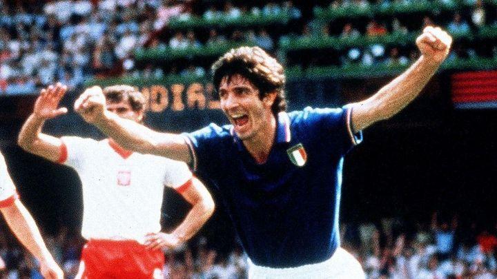 Zemřela legenda. Rossi nasázel hattrick Brazílii a dovedl Itálii k triumfu na MS