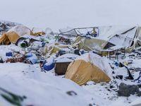 Na Everestu už živí nejsou. Messner záchranu lezců kritizuje