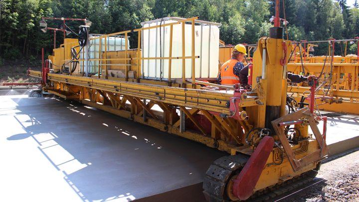 České stavebnictví zrychluje růst, pomohly dopravní projekty