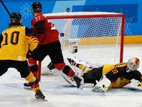 Živě: Kanada - Německo 3:4; Kanaďané dramatizují boj o finále! Němci už vedou jen o gól