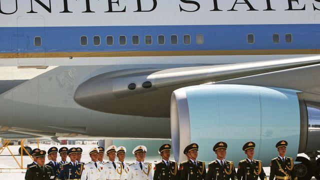 b82c666b93a Obamovi v Číně nepřistavili k letadlu schůdky. Je to naše země ...