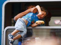 Česko v sobotu kvůli uprchlíkům rozšíří kontroly na hranicích