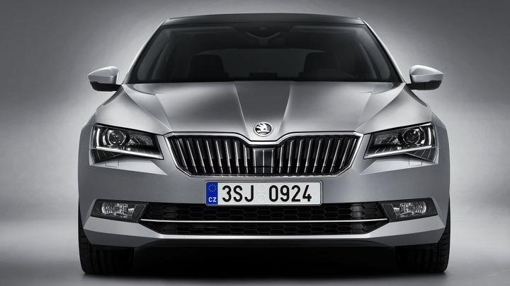Foto: Nová Škoda Superb v detailech ze všech stran