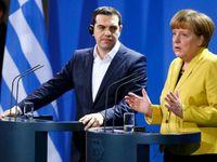 Živě: Tsipras nabízí ústupky. Až po referendu, reagují Němci