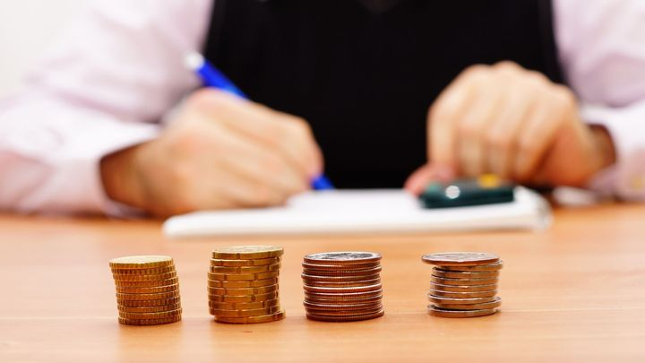 Spotřebitelské půjčky zlevňují, zájemci ušetří za poplatky