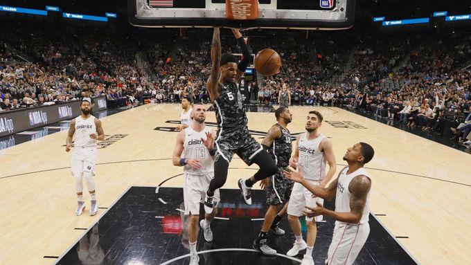 Dejounte Murray (San Antonio Spurs)