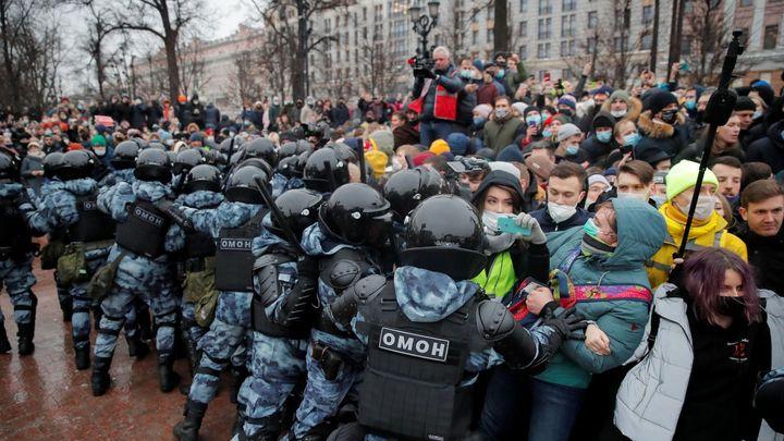 """Foto: """"Putin je lhář."""" Na podporu Navalného demonstrovaly napříč Ruskem tisíce lidí"""