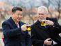Mynářova čínská mise? Neurvalý amatér Zeman vyautoval českou diplomacii