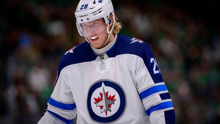 Zaručte mi top pozici, žádá po klubu nespokojená hvězda. V NHL klíčí megavýměna