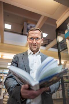 Luxor přišel o 200 milionů. Češi se do knihkupectví vrátí, říká šéf Euromedie