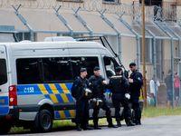 Uprchlíci v Bělé se znovu vzbouřili. Policie posílí ochranu