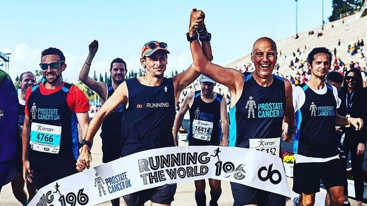 Brit uběhl maratony v každé zemi světa. Peníze věnuje na léčbu rakoviny prostaty