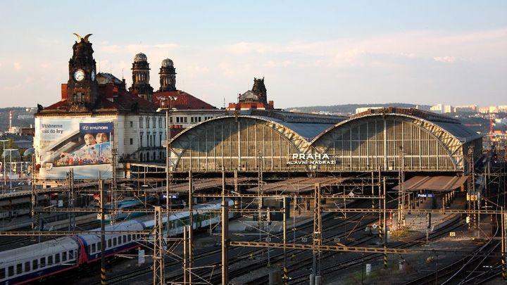 Pražské hlavní nádraží dostane nové střechy za 470 milionů