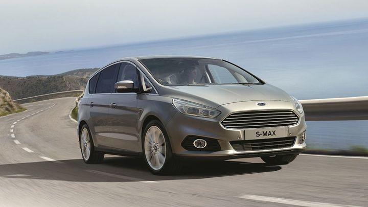 Nové velkoprostorové Fordy jdou na trh. S-Max od 679 790 Kč