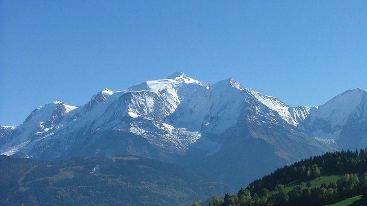 Tři mladí Italové zemřeli na francouzské straně Mont Blanku, záchranáři je hledali tři dny