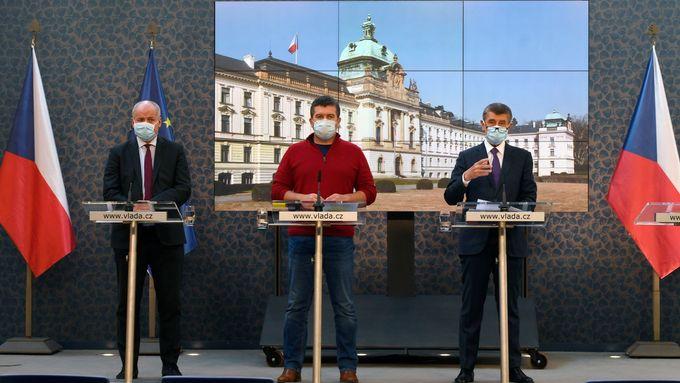 Babiš, Prymula i dva ministři čelí trestnímu oznámení za kroky při nouzovém stavu