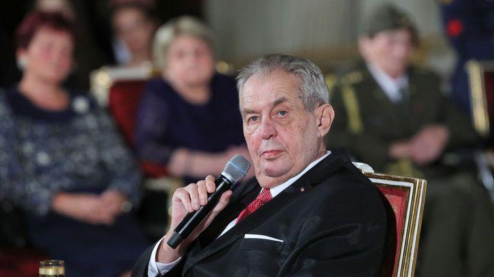 Prezident Zeman omilostnil dalšího muže odsouzeného za vraždu, dříve to odmítal