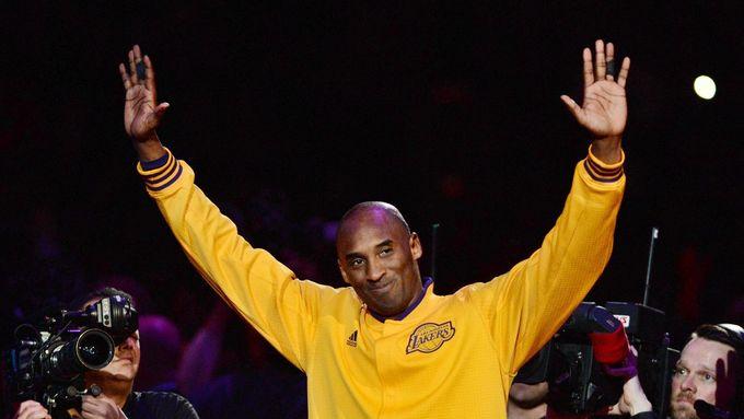 Při nehodě helikoptéry zemřel legendární basketbalista Kobe Bryant