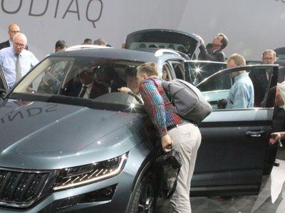 Foto: Pařížský autosalon otevře brány novinářům, od soboty i veřejnosti. Na jaké novinky se těšit?