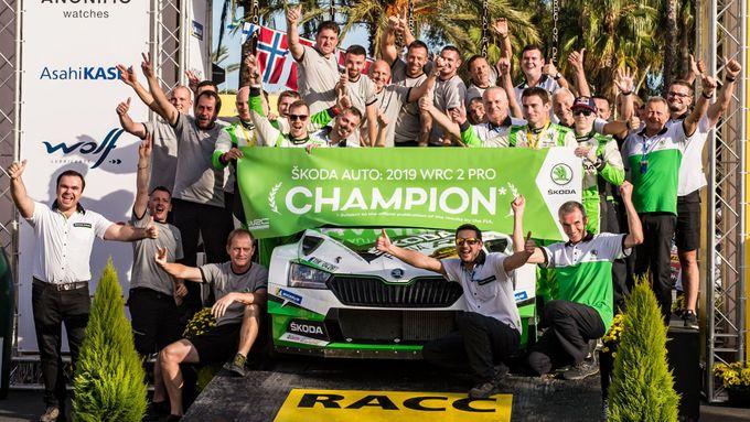 Osmadvacet rallyových titulů. Škoda zažila s Fabii R5 nejúspěšnější sezonu historie
