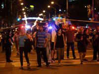 Střelec v Torontu zabil ženu a zranil dalších 13 lidí. Zemřel po přestřelce s policií