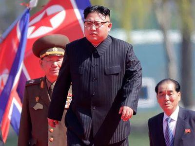 Čína se připravuje na pád Kim Čong-una. U hranic s KLDR tajně zřizuje síť uprchlických táborů