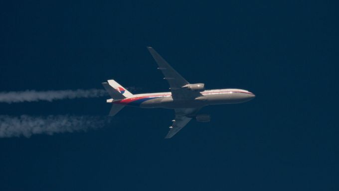 Boeing 777-200ER Malaysia Airlines stále nenalezen.